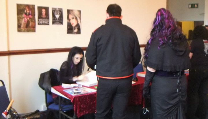 book_signing_whitby_2011